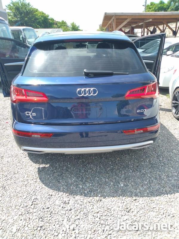 Audi Q5 2,0L 2018-4