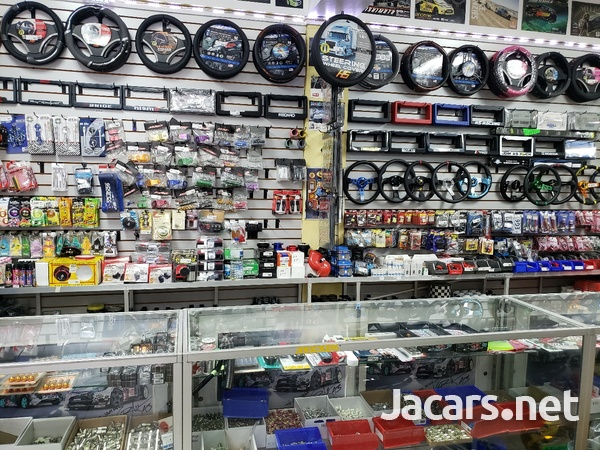 Rims, Diffuser, lugs, steering cover, back up camera, touchscreen radio, etc-10