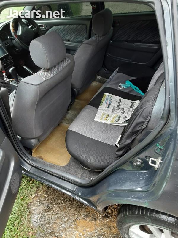 Toyota Caldina 1,3L 2001-7