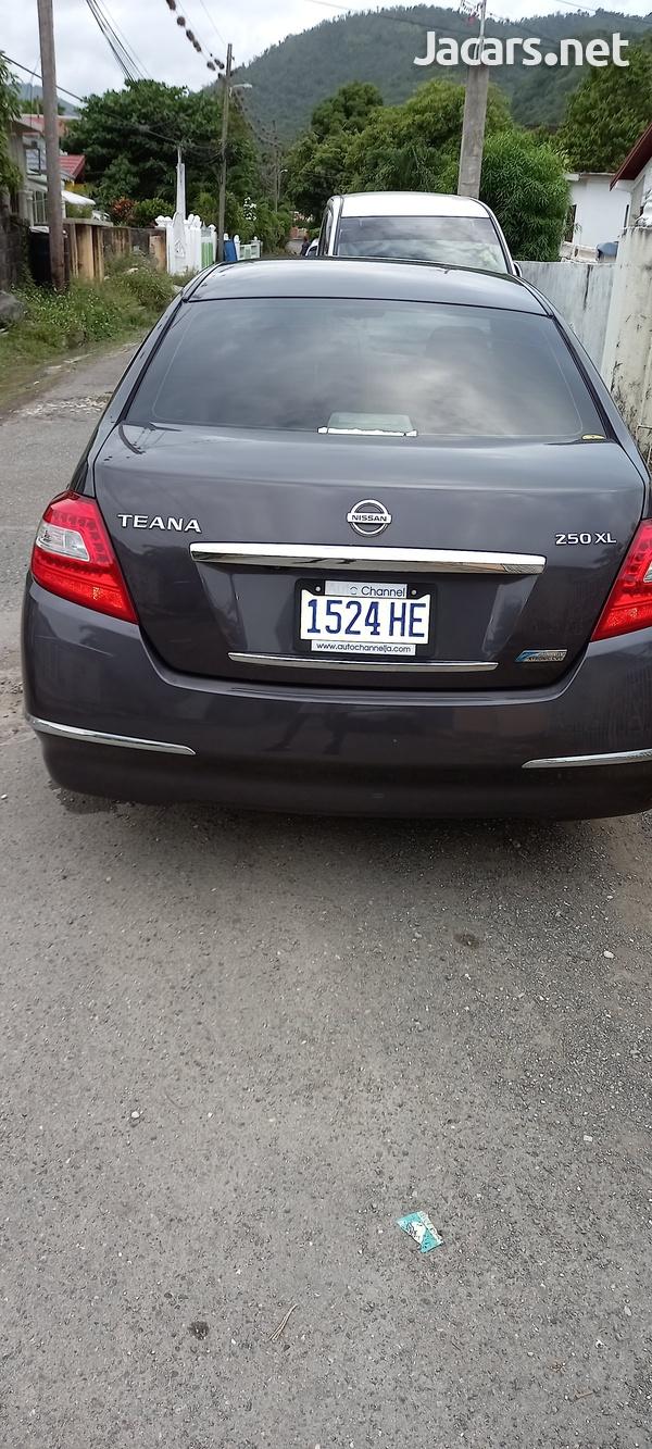 Nissan Teana 2,5L 2011-5