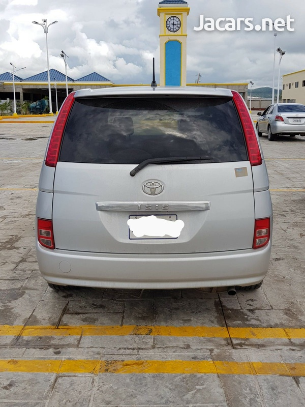 Toyota Isis 1,8L 2006-4