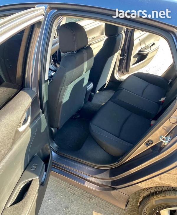 Honda Civic 2,0L 2017-5