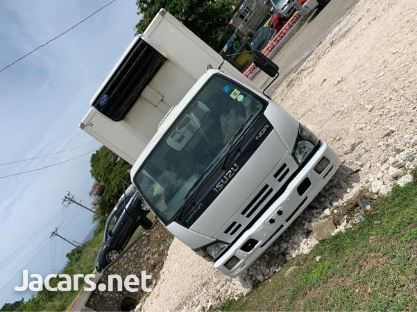 2008 Isuzu NQR Refridgeration Truck-2