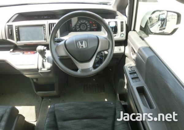 Honda Step wagon 2,0L 2013-2