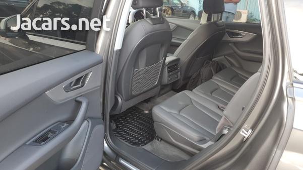 Audi Q7 3,0L 2020-10