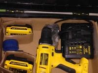 Brand new second hand standly dewalt drill set, cordless