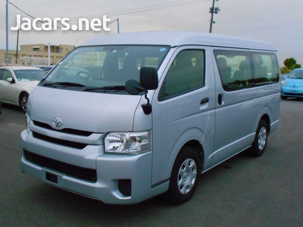 2016 Toyota Hiace Long DX 10 Seater-1