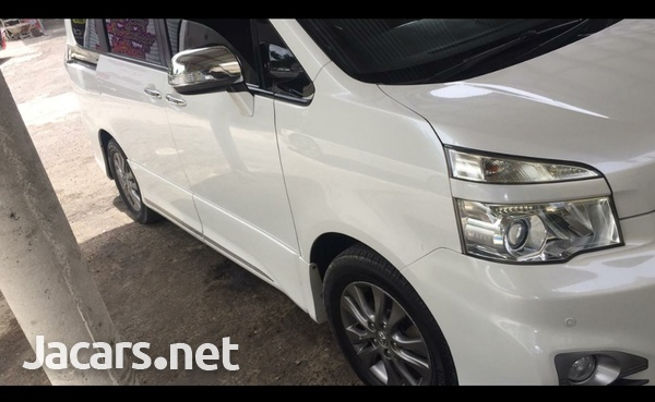 Toyota voxy very clean ...mint condition-5