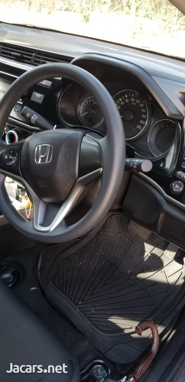 Honda City 1,5L 2021-4