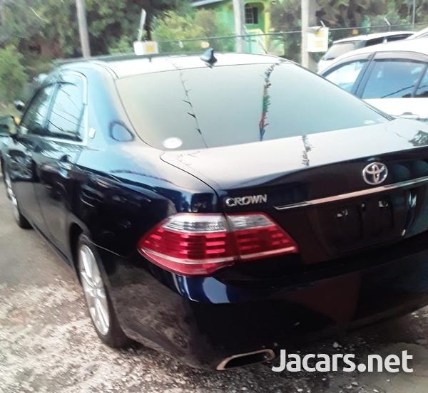 Toyota Crown 2,0L 2013-2