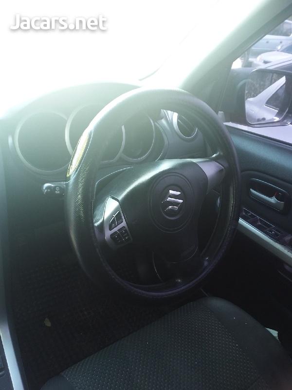 Suzuki Grand Vitara 2,0L 2012-6