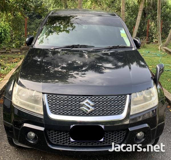 Suzuki Escudo 2,4L 2012-1
