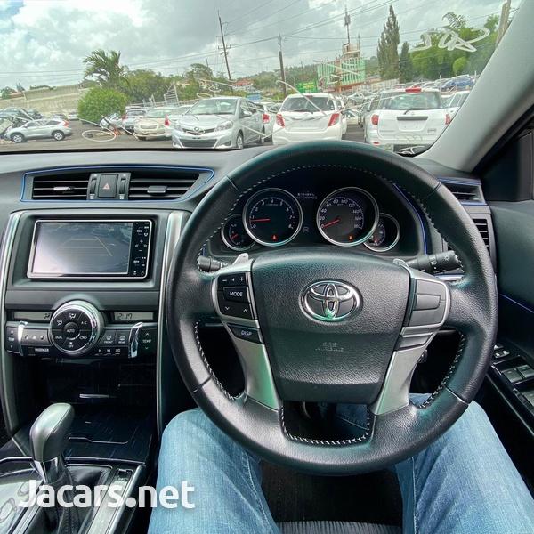 Toyota Mark X 2,5L 2016-7