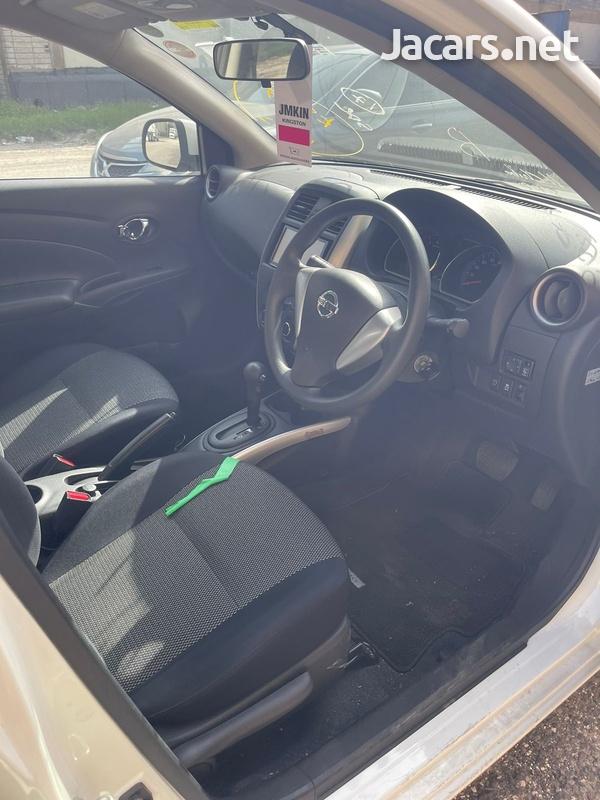 Nissan Latio 1,2L 2016-7