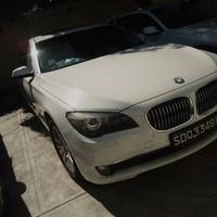 BMW 7-Series 2,0L 2012