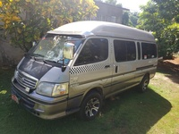 2001 Toyota Hiace Grand Cabin