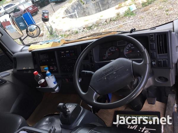 Isuzu Elf Freezer Truck-8