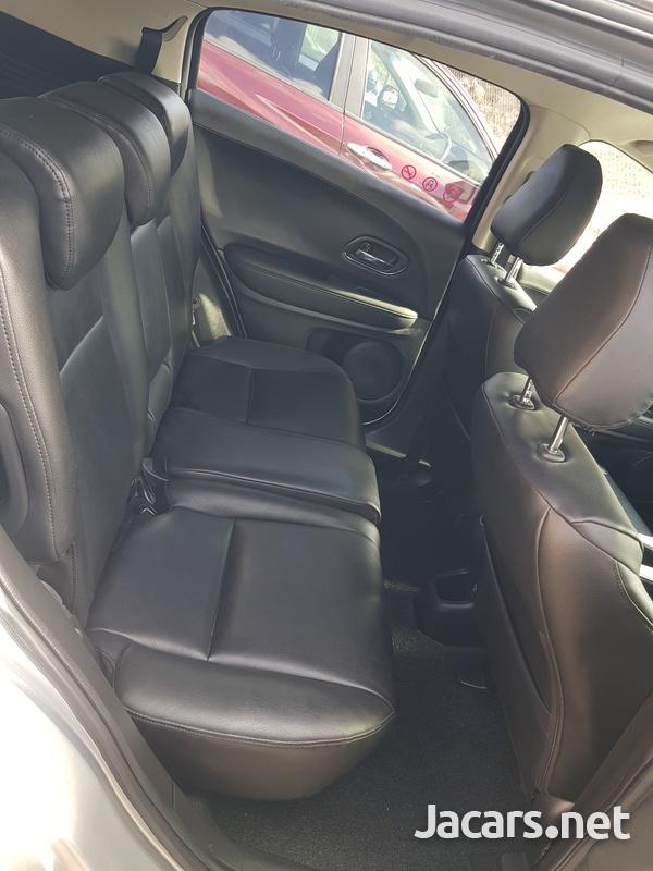 Honda Vezel 1,5L 2016-8
