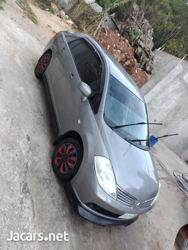 Nissan Tiida 1,5L 2006-1