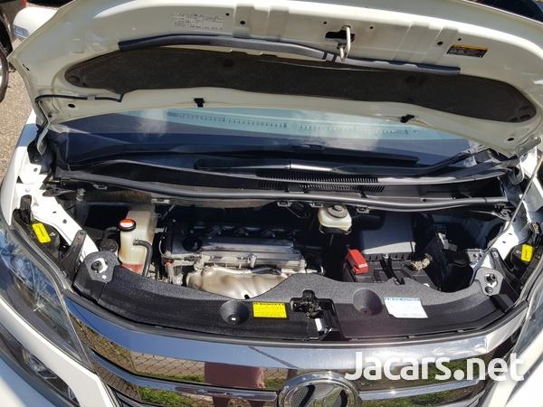 Toyota Vellfire 2,4L 2014-7