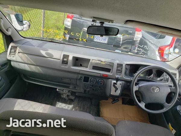 2011 Toyota Hiace GL Bus-8