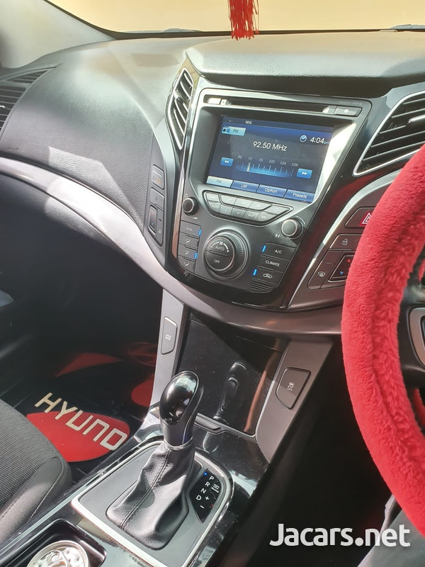 Hyundai i40 1,7L 2015-8