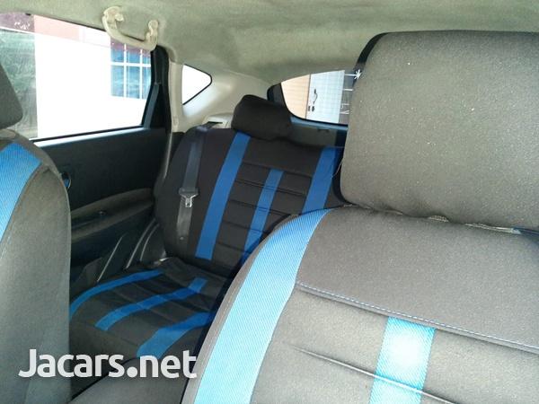 Nissan Dualis 2,0L 2009-9