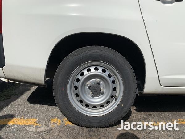 Toyota Probox 1,5L 2015-5