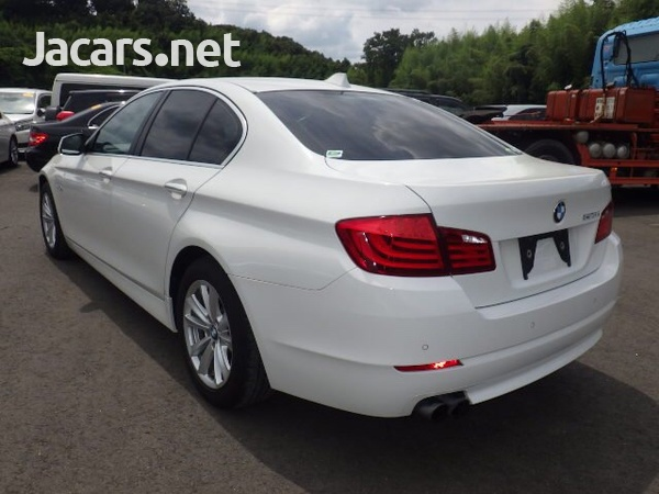 BMW 5-Series 2,5L 2012-2