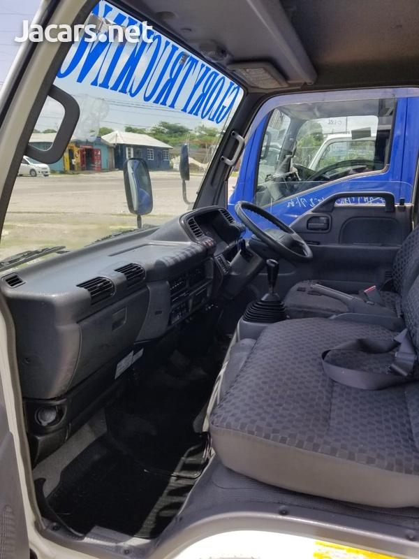 2006 Isuzu Freezer Truck-7