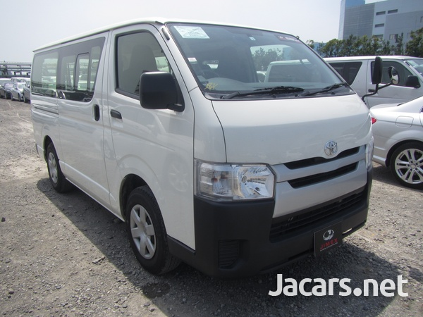 Toyota Hiace Bus 2,0L 2017-2