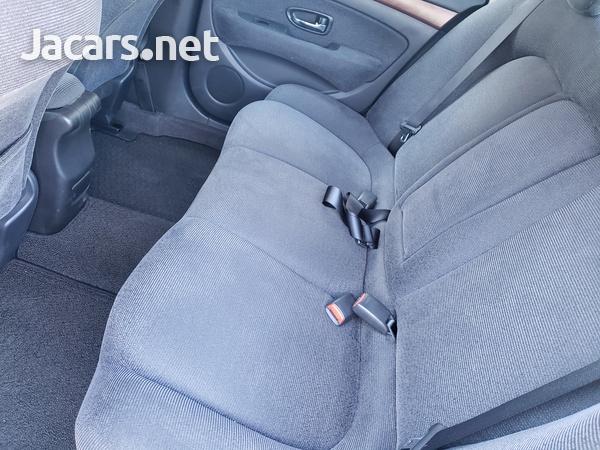 Nissan Bluebird 2,0L 2011-7