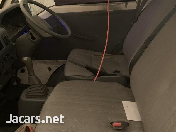2008 Mitsubishi L300 Panel Van-5