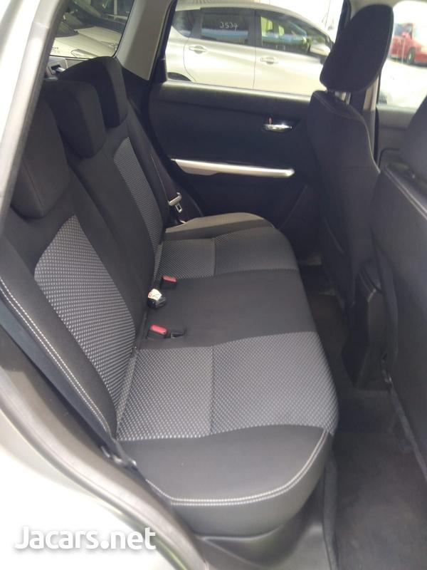 Suzuki Vitara 2,0L 2017-6