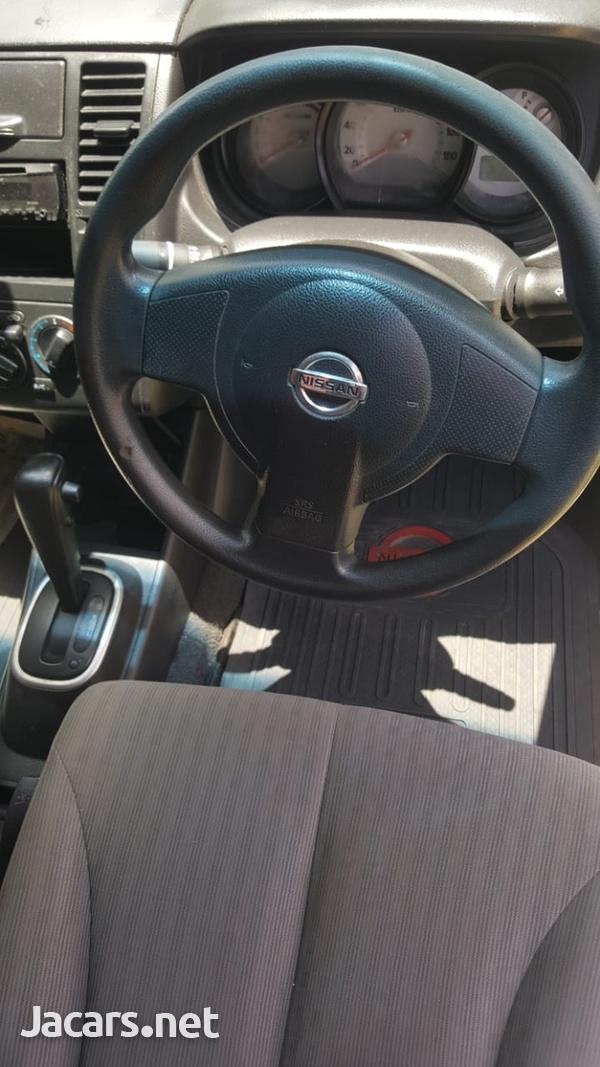 Nissan Tiida 1,8L 2007-6