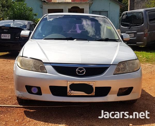 Mazda Familia 1,5L 2002-1