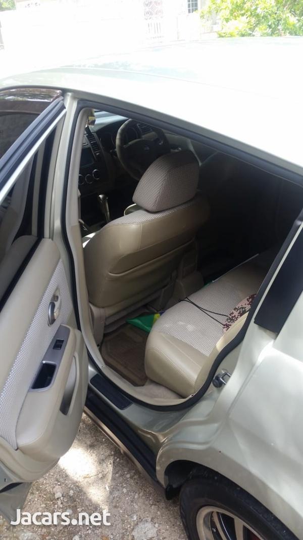 Nissan Tiida 1,3L 2007-4