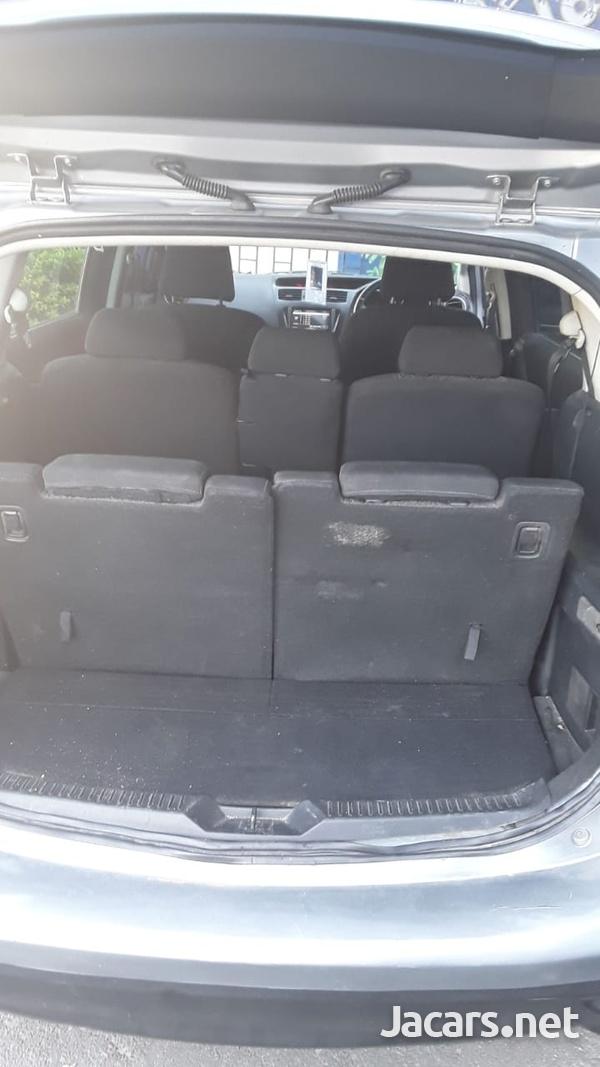 Mazda Premacy 2,0L 2012-10
