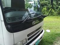 2006 Isuzu Truck