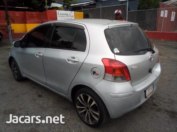Toyota Vitz 1,5L 2009-5