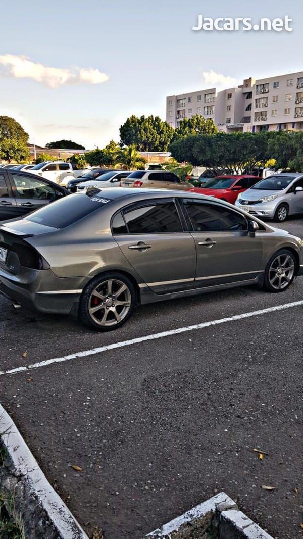 Honda Civic 1,7L 2008-4