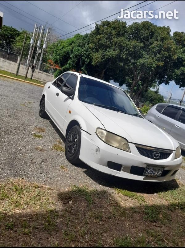 Mazda Familia 1,3L 2001-4