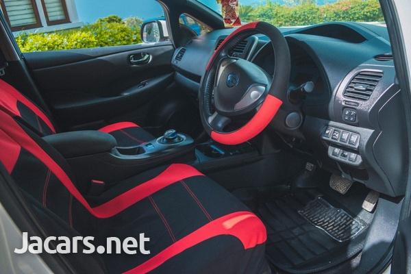 Nissan Leaf Electric 2014-5