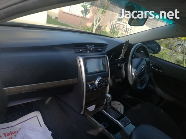 Toyota Mark X 2,5L 2012-2