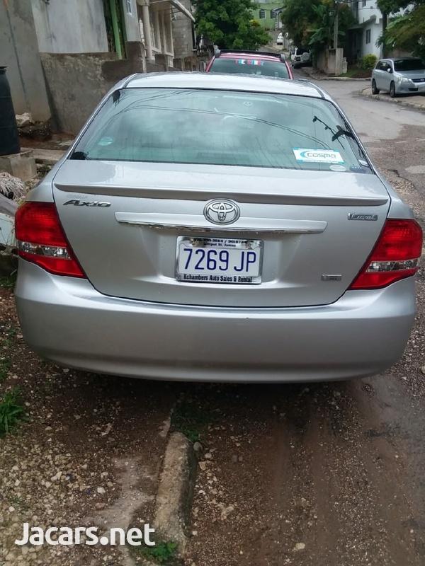 Toyota Axio 1,8L 2011-2