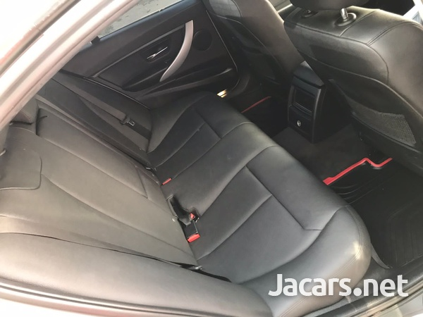 BMW 3-Series 1,6L 2015-5