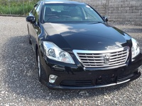 Toyota Crown 1,8L 2013