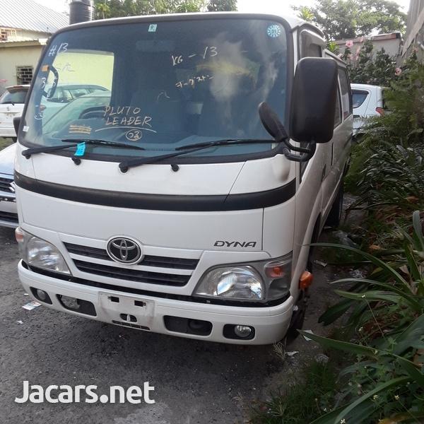 Toyota Van 3,0L 2015-2