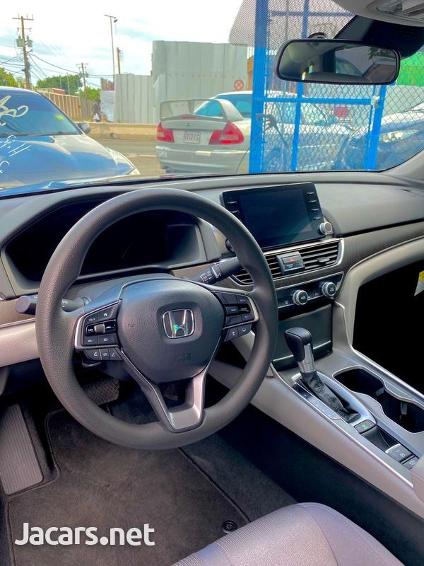 Honda Accord 2,0L 2020-14