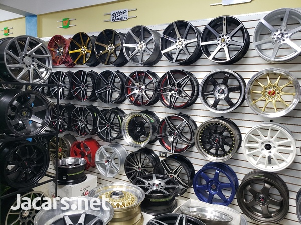 Rims, Diffuser, lugs, steering cover, back up camera, touchscreen radio, etc-3
